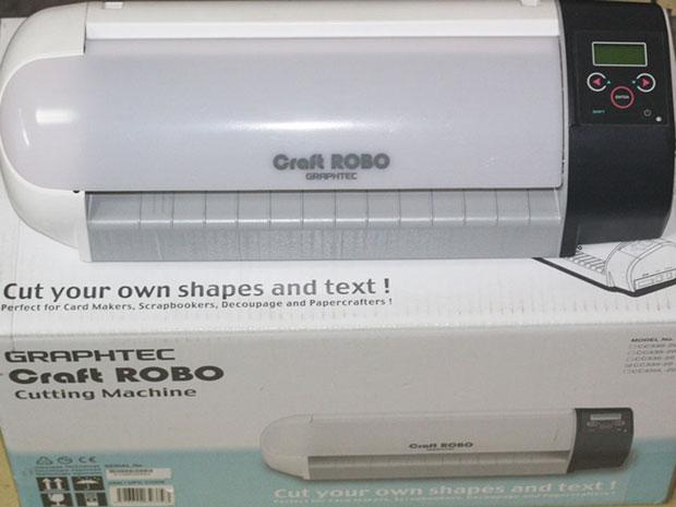 Chọn mua máy cắt đề can mini