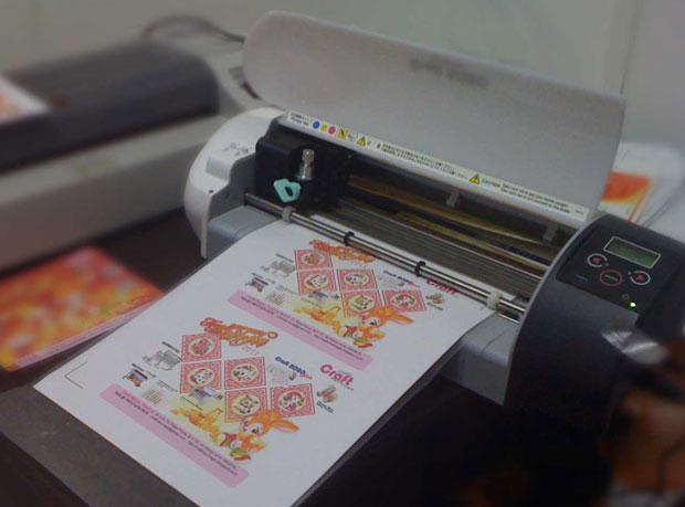 Máy cắt decal mini - Nên chọn mua máy nào tốt nhất?